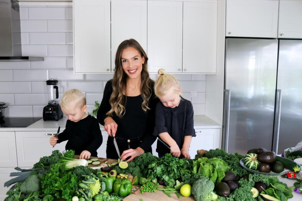 Jag heter Madelene Lennartsson. Jag brinner för att inspirera familjer till en hälsosam livsstil som kan förebygga sjukdomar och ohälsa.