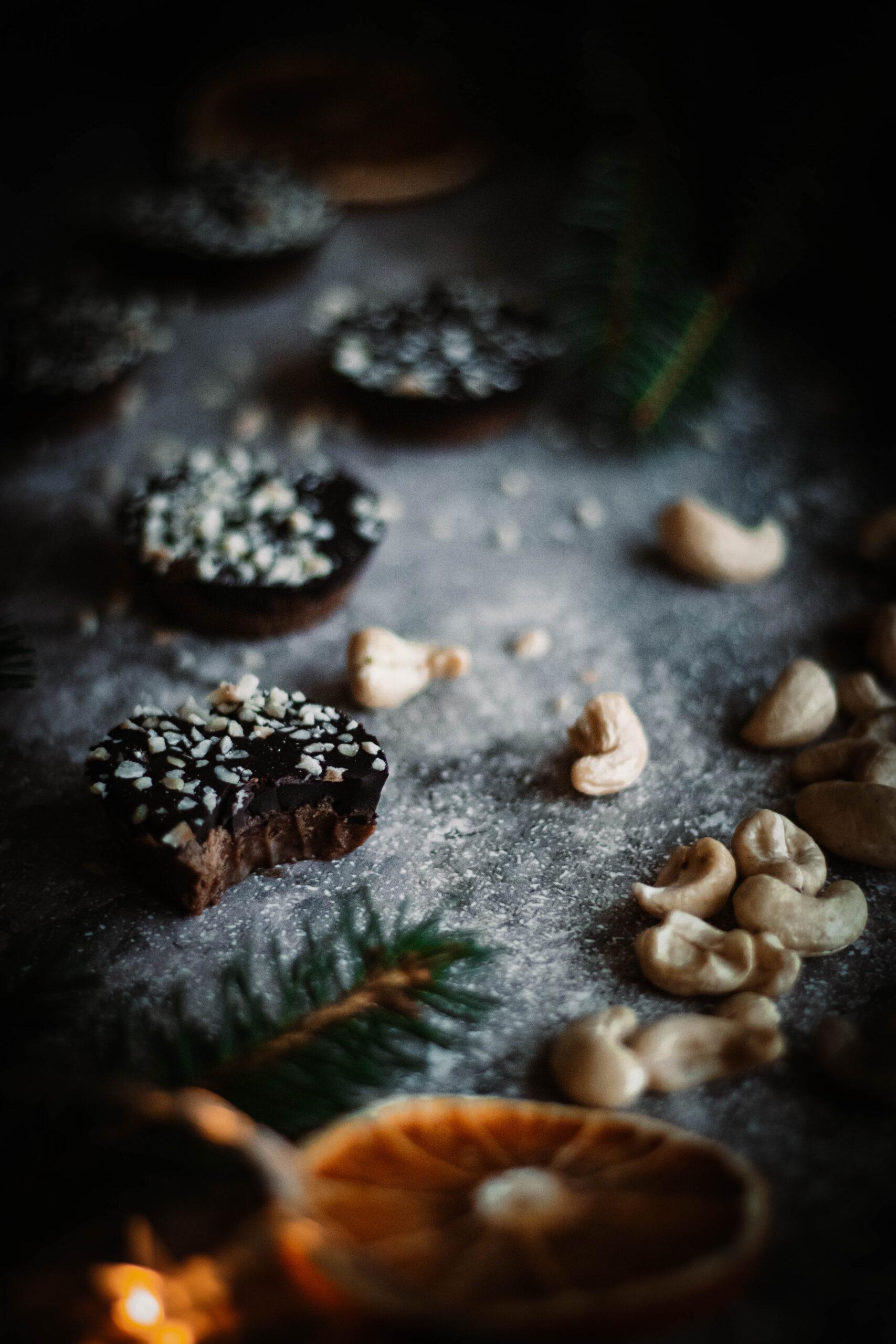 Växtbaserad cashewfudge med choklad