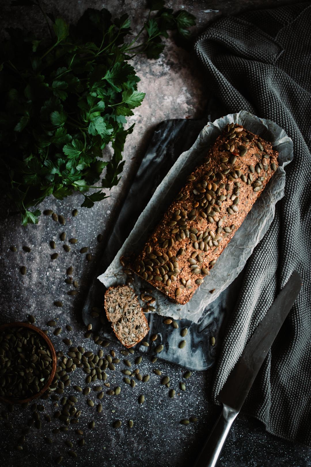 Lågkolhydrat & glutenfritt pumpafröbröd
