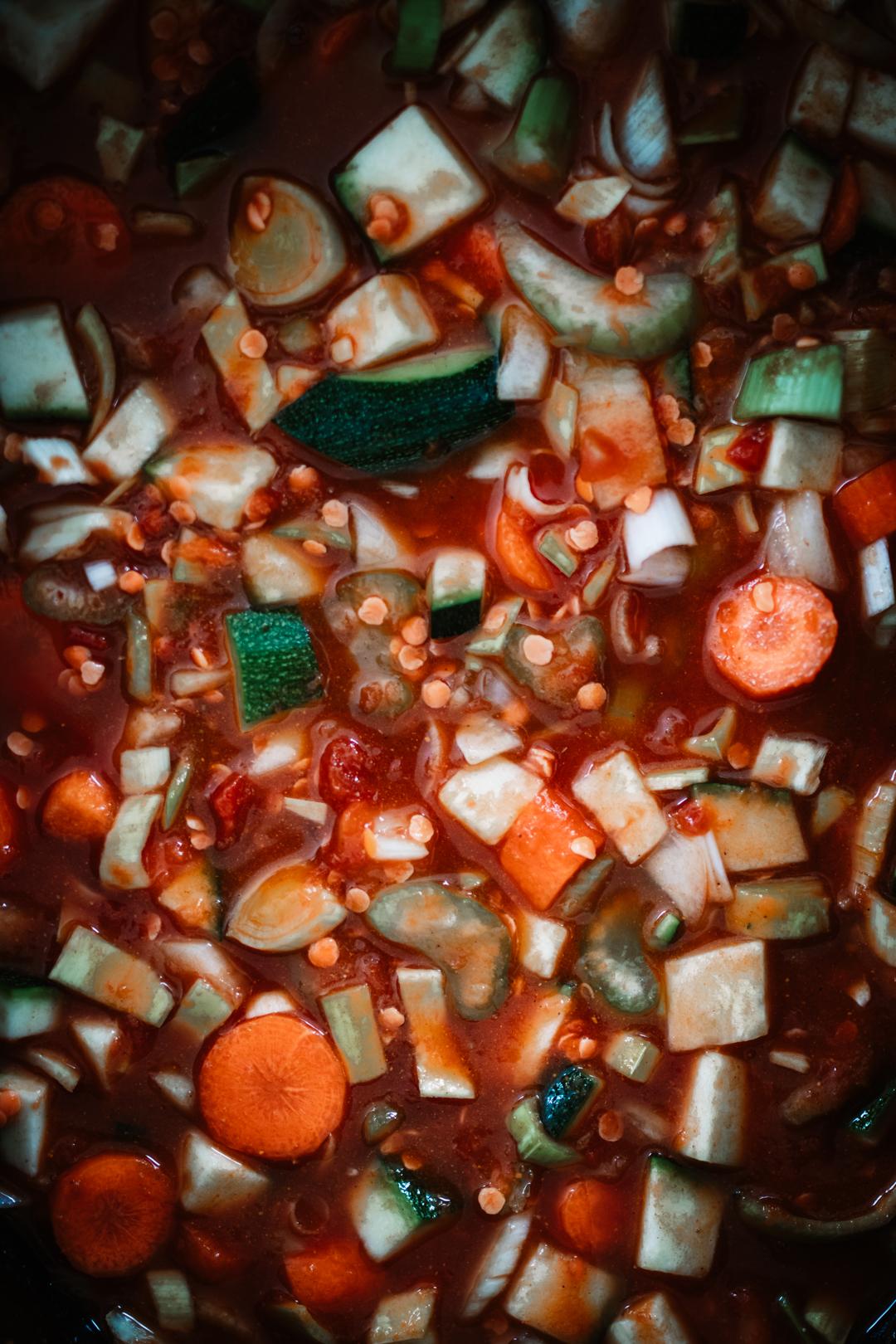 Grönsakssoppa i en slow cooker